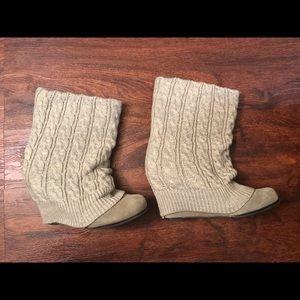 Steve Madden P-Aspenn Sweater Wedge Boots